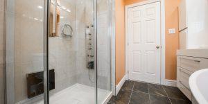 bathroom-2718922_1920